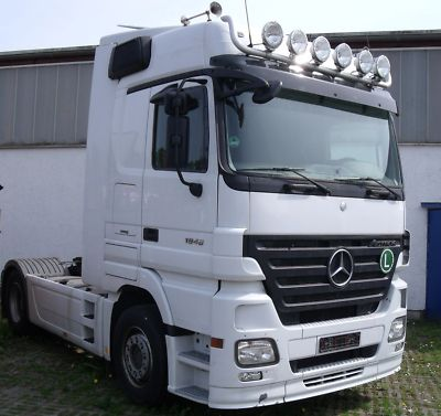camion mercedes prix neuf tracteur agricole. Black Bedroom Furniture Sets. Home Design Ideas